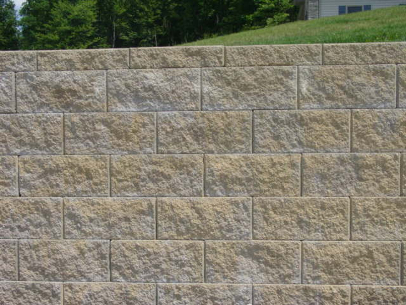 Granite Faced Blocks : Singleton fence block